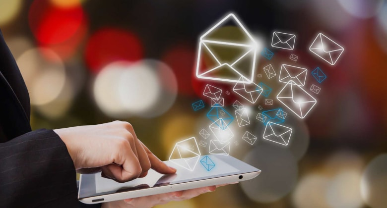 how-to-stay-in-touch-with-your-customers-via-email-marketing